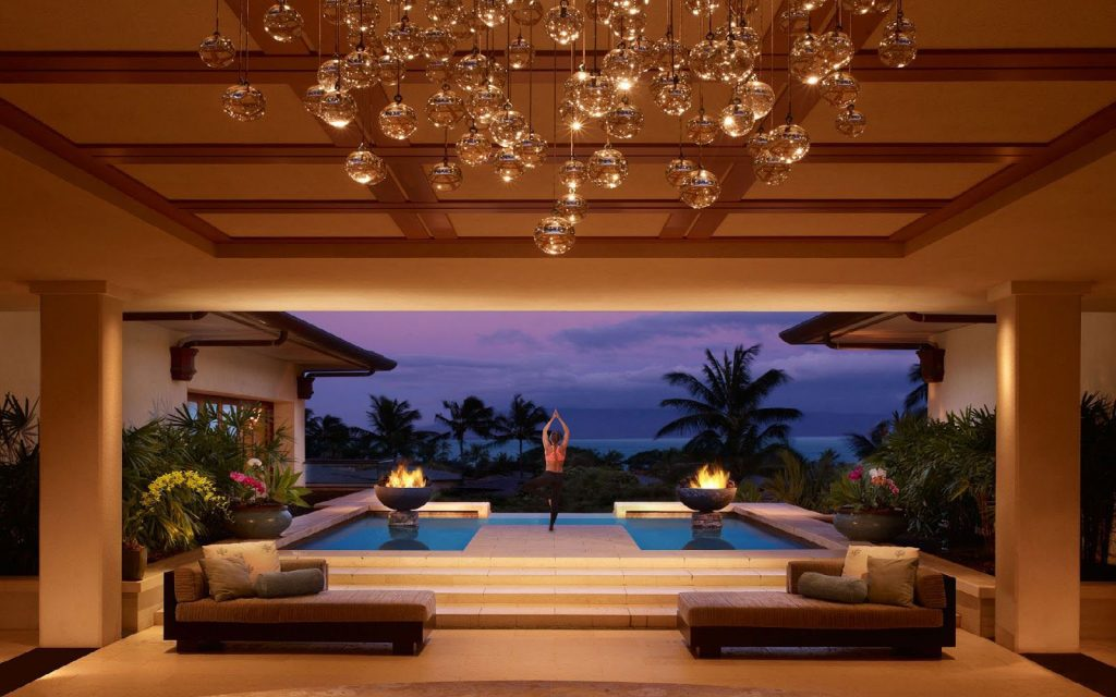 Montage Kapalua Bay Is A 5 Star Hotel Overlooking Namalu