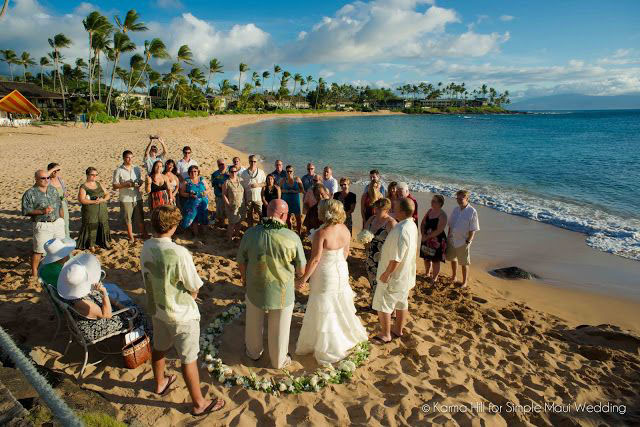 Napili Bay is among Maui's favorite beachside wedding locations.  Image Source
